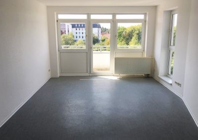 2-Zimmer-Wohnung mit Balkon, frisch renoviert auf Wunsch fix und fertig mit Einbauküche WE27LS29