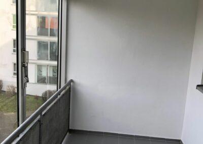 3-Zimmer-Wohnung mit Balkon, frisch renoviert auf Wunsch fix und fertig mit Einbauküche WE5CF46