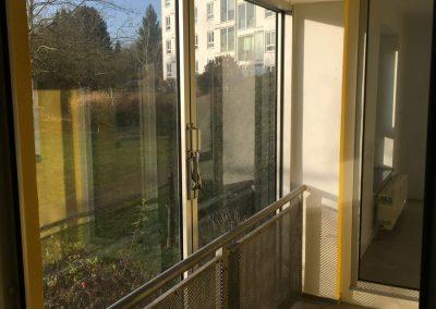 4-Zimmer-Wohnung mit Balkon, frisch renoviert auf Wunsch fix und fertig mit Einbauküche WE33KW29
