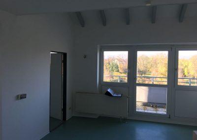 3-Zimmer-Wohnung mit Balkon, frisch renoviert auf Wunsch fix und fertig mit Einbauküche WE49LS27