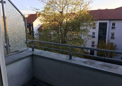 3-Zimmer-Wohnung mit Balkon, frisch renoviert auf Wunsch fix und fertig mit Einbauküche WE10PS9