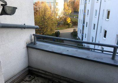 2-Zimmer-Wohnung mit Balkon, frisch renoviert auf Wunsch fix und fertig mit Einbauküche WE12SB1