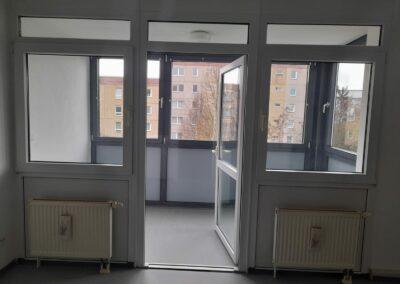 4-Zimmer-Wohnung mit Balkon, frisch renoviert auf Wunsch fix und fertig mit Einbauküche WE25 GER2