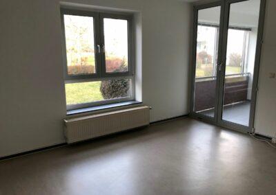 3-Zimmer-Wohnung mit Balkon, frisch renoviert auf Wunsch fix und fertig mit Einbauküche WE1CF46