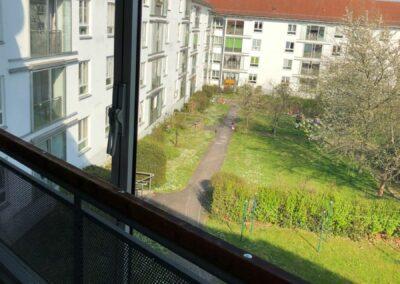 3-Zimmer-Wohnung mit Balkon, frisch renoviert auf Wunsch fix und fertig mit Einbauküche WE62KW23